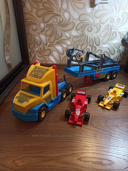 Эвакуатор Wader Super Truck с авто Формула