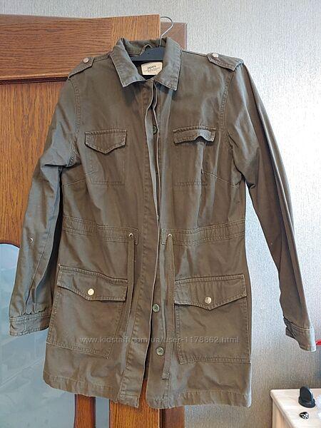 Куртка на літо