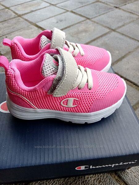 Кросівки для дівчинки Champion 22розмір