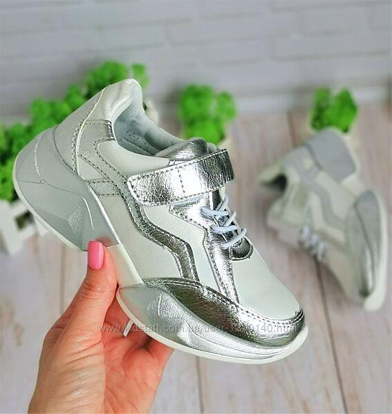 Стильные модные кроссовки для девочек