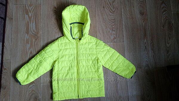 Дитяча фірмова курточка