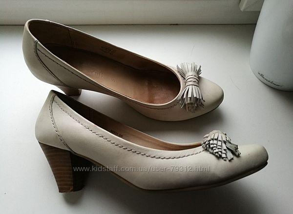 Salamander р.38 фирменные женские туфли кожаные натуральная кожа