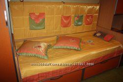 Покрывало, 2 подушки, кармашки на стену в комнату девочки