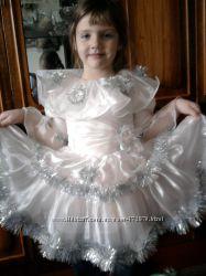 Нарядное, новогодние платье для девочки