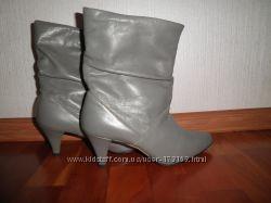 Стильные кожаные женские демисезонные сапожки 39р-р