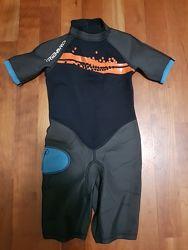 Фирменные гидрокостюмы для мальчика