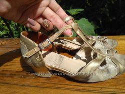 Танцевальные туфли 20 см