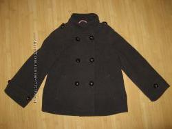 Фирменное пальто для девочки