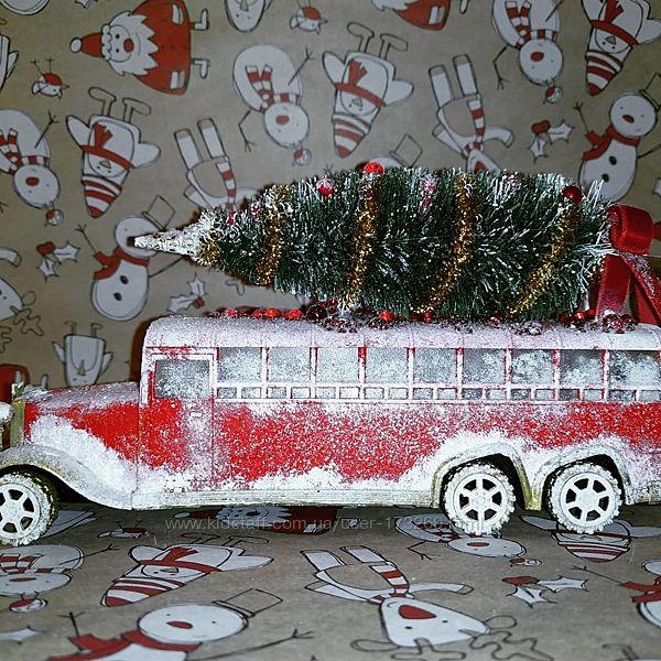 Автобус новогодний большой, ручная работа.