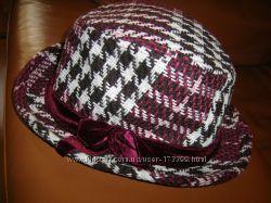 Стильная шляпа федора в коричнево-бордовых  тонах