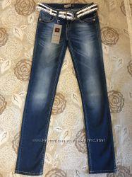Отличные джинсы, 164р, Турция, новые, пролет