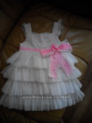 Шикарное платье 2-3г