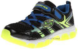 Кроссовки легкие, дышащие для мальчиков. размер 30 EUR Skechers Kids США
