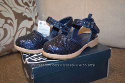 Модные туфельки туфли босоножки на девочку OshKosh 15, 5-16 см стелька