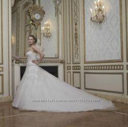 Продам свадебное платье фирмы Miss Kelly Франция