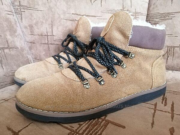 Зимние ботинки замшевые на меху Reserved 39р-26см