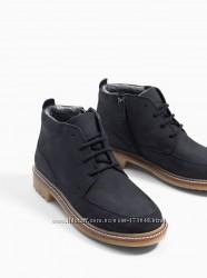 Демисезонные ботинки  Zara , на замочке