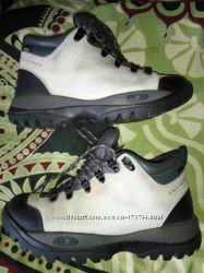 Женские ботинки Salomon Roadtrip Womens