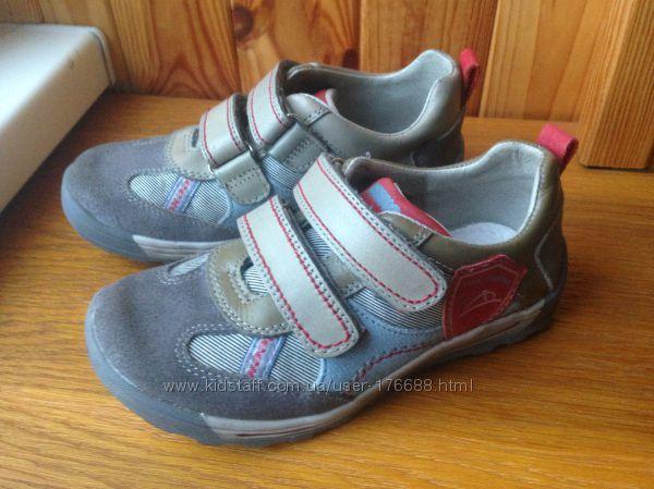 Туфли-кроссовки Beeko весна-осень28р стелька 18, 5 см, отличное состояние.