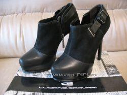 Ботиночки Luciano Carvari ботильоны каблуки