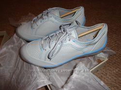 Новые женские кожаные кроссовки CLARKS Women&acutes Asney Lace Sneaker