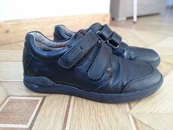 Кожаные туфли Biomecanics для мальчика 32р.