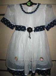 Красивое платье 12-18мес