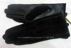 Кожаные перчатки для женщин  в наличии