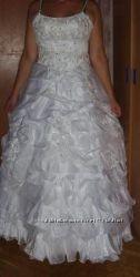 Продам свадебное платье р. 48-52. Торг.