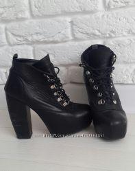 Крутые ботинки демисезон
