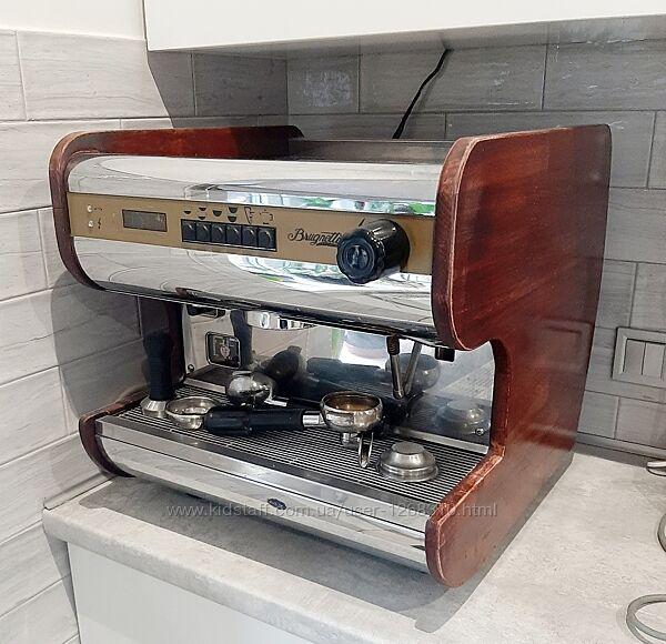 Профессиональная кофемашина BRUGNETTI ALEXIA 1gr
