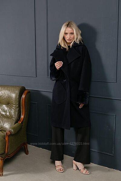 Шикарное пальто италия шерсть манжеты нат мех шиншиллы
