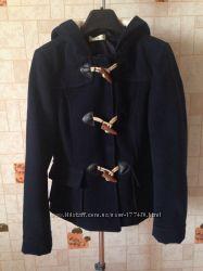 Короткое пальто Peacocks