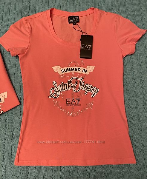 Отличная футболка бренда EMPORIO ARMANI, разм. M, L