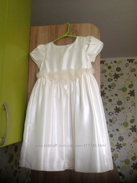 Торжественное платье для маленькой принцессы