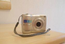Продам фотокамеру Olympus FE-210