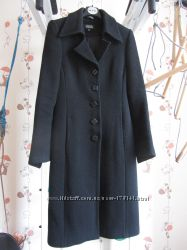Черное шерстяное пальто