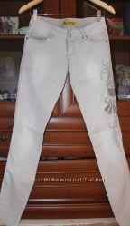 Стильные джинсы Uno 27р