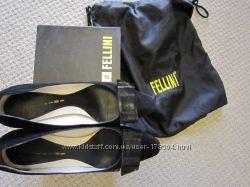 Туфли замшевые Felllini Италия