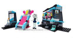 Набор Mega Bloks Monster High. Электрификационная комната Фрэнки Штайн