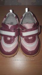 Стильные кожаные кроссовки B&G 21 р.