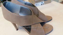 Элегантные туфли с открытыми носками