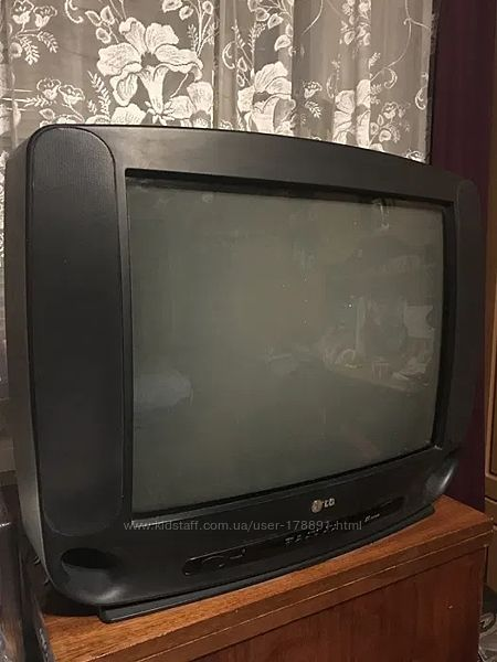 Телевизор LG GF-21B80 на запчасти, в нерабочем состоянии