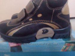 Ботинки для мальчика  СIAO BIMBI Италия 26 размер стелька 16см  кожа новые