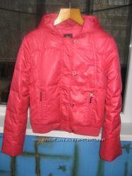 Глянцевая малиновая куртка на пуху INCITY 42р. -
