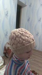 зимняя шапка объемным узором