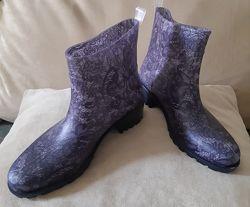 Элегантные резиновые ботинки -р. 39. 39,5. 40