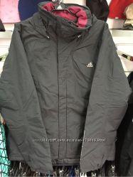 Продаю мужскую зимнюю горно-лыжную куртку Adidas.