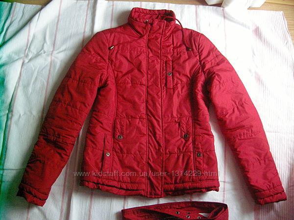 Демисезонная куртка Stradivarius, р. S