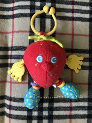 Погремушка Красное яблоко Tiny Love